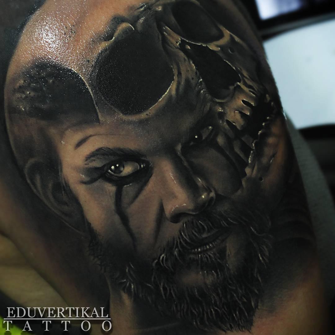 edu vertikal tattoo
